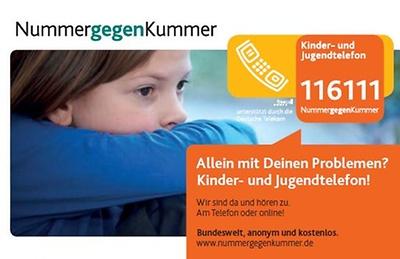 nummer-gegen-kummer-kinder-und-jugendtelefon-infokarte-motiv-kind